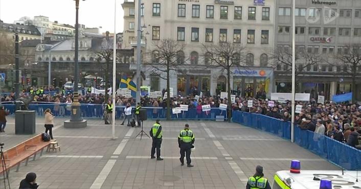 folkets-demonstration-004