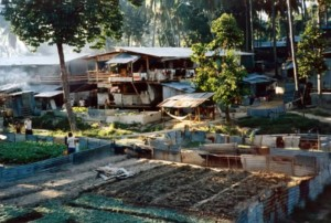 verkliga-flyktingar-vietnamesiska-batflyktingar-001