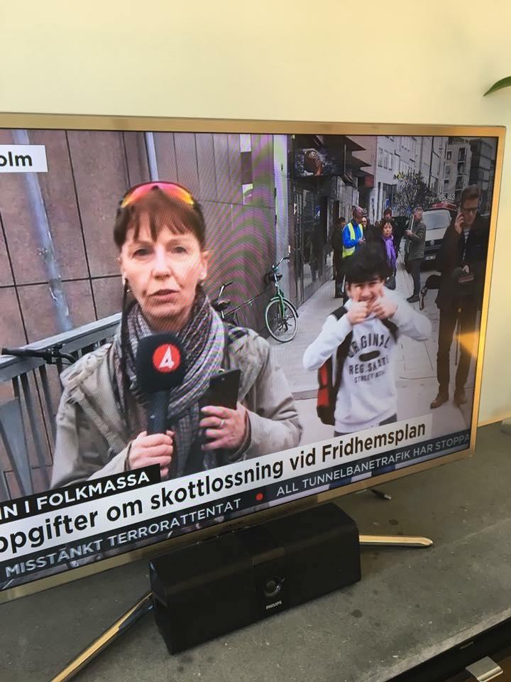 tumme-upp-invandrarbarn-010